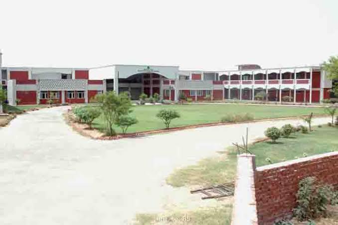 Silver Oaks Nursing College, Punjab